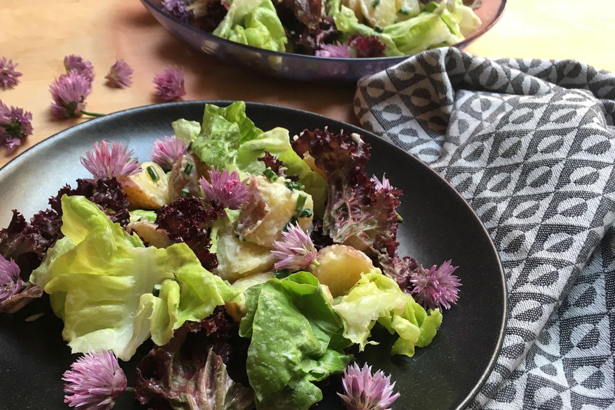 aardappelsalade-bieslookbloemen-2