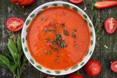 tomaten-paprika-rode-peper-soep-header