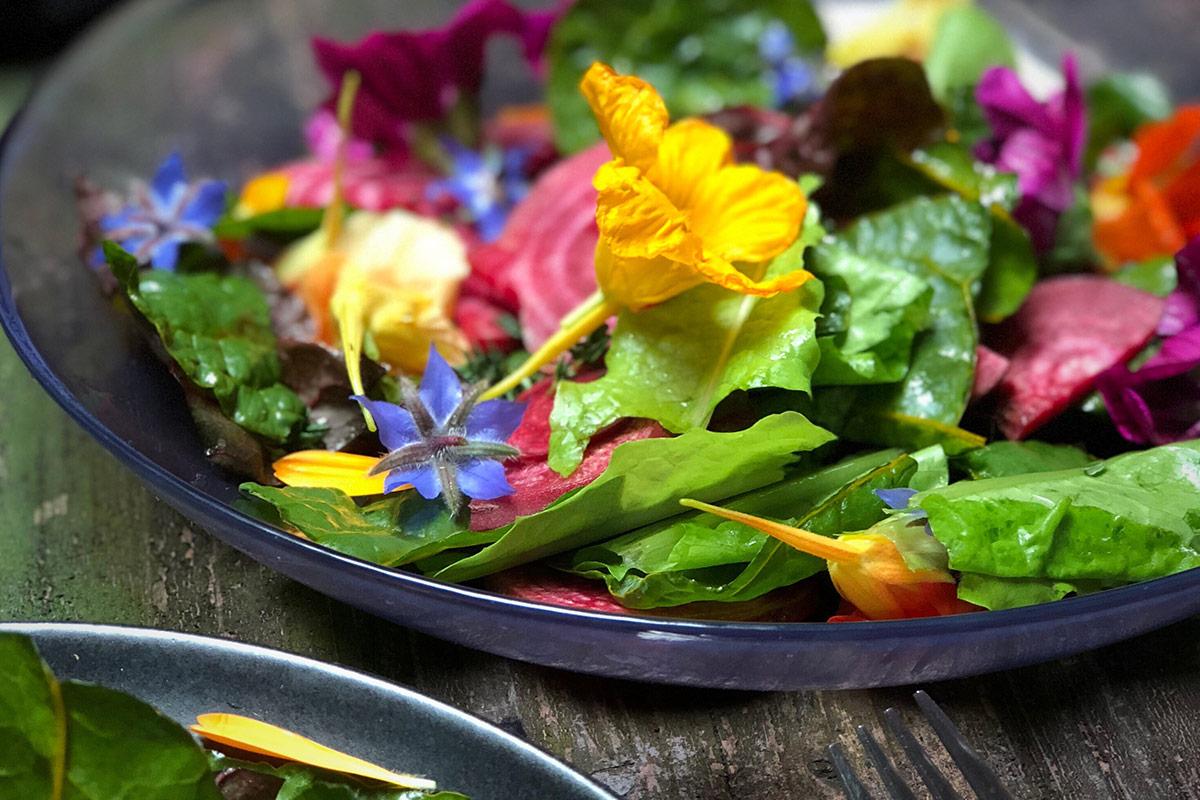 eetbare-bloemen-salade
